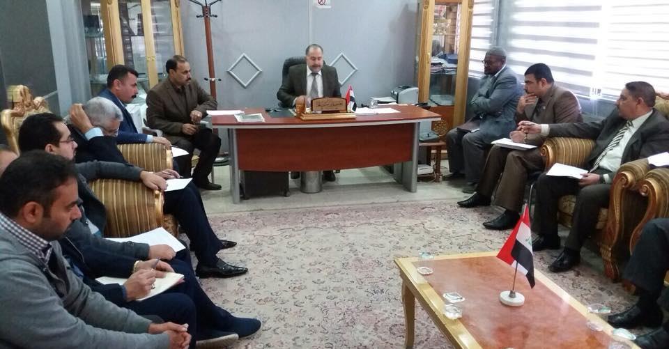 تدريسي من كلية الطب جامعة كربلاء يترأس اجتماع طارئ للجنة مكافحة المخدرات