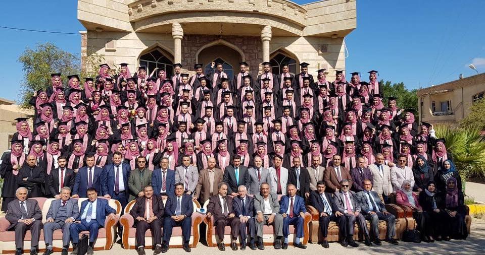 احتفالية التقاط صورة التخرج لكلية الطب 2018-2019