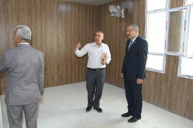 رئيس جامعة كربلاء يتفقد كلية الطب ويثني على اعمال الصيانة