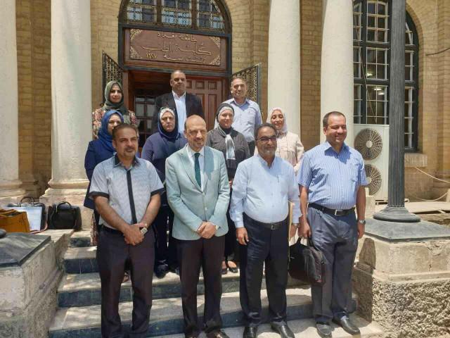 اجتماع تأريخي للجنة خبراء الكيمياء الحياتية ورؤساء فروع الكيمياء الحياتية في كليات الطب العراقية